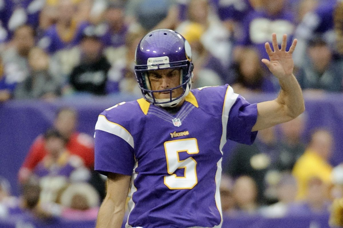 Former UCLA kicker Chris Kluwe has signed with the Oakland Raiders