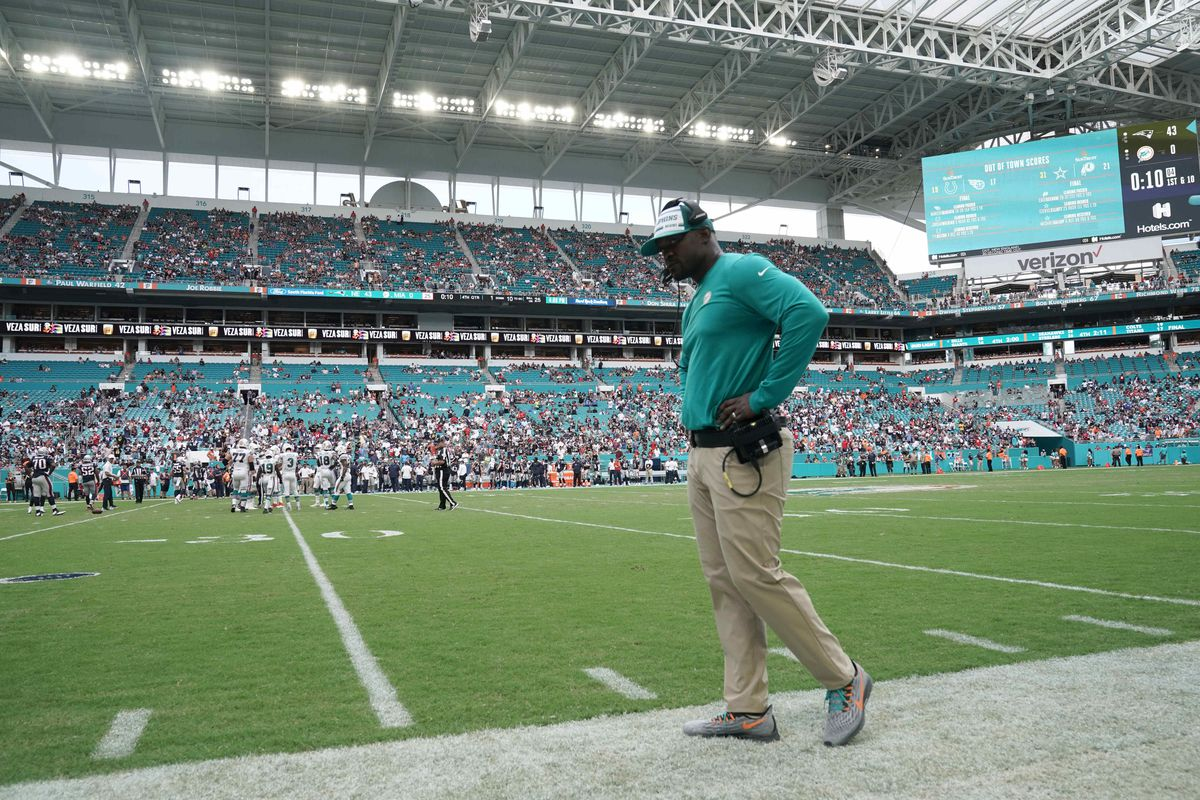 Miami Dolphins head coach Brian Flores watches from the sidelines in the fourth quarter against the New England Patriots at Hard Rock Stadium.