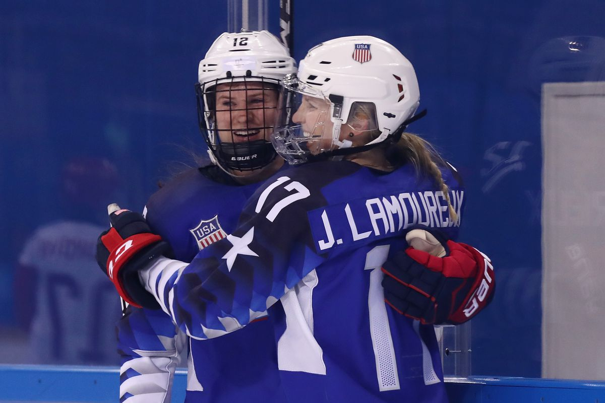US Ladies Beat Russia, Safe Spot in Ice Hockey Semifinals