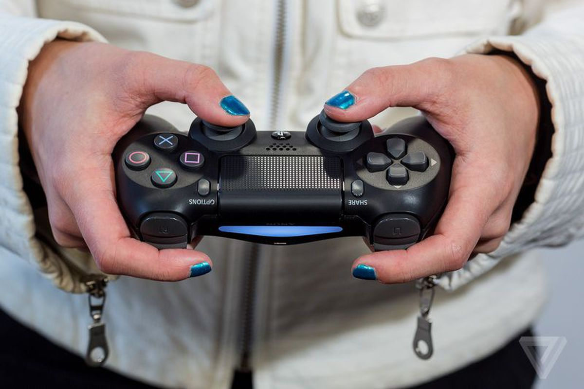 Valve adds full PS4 controller support to Steam - The Verge