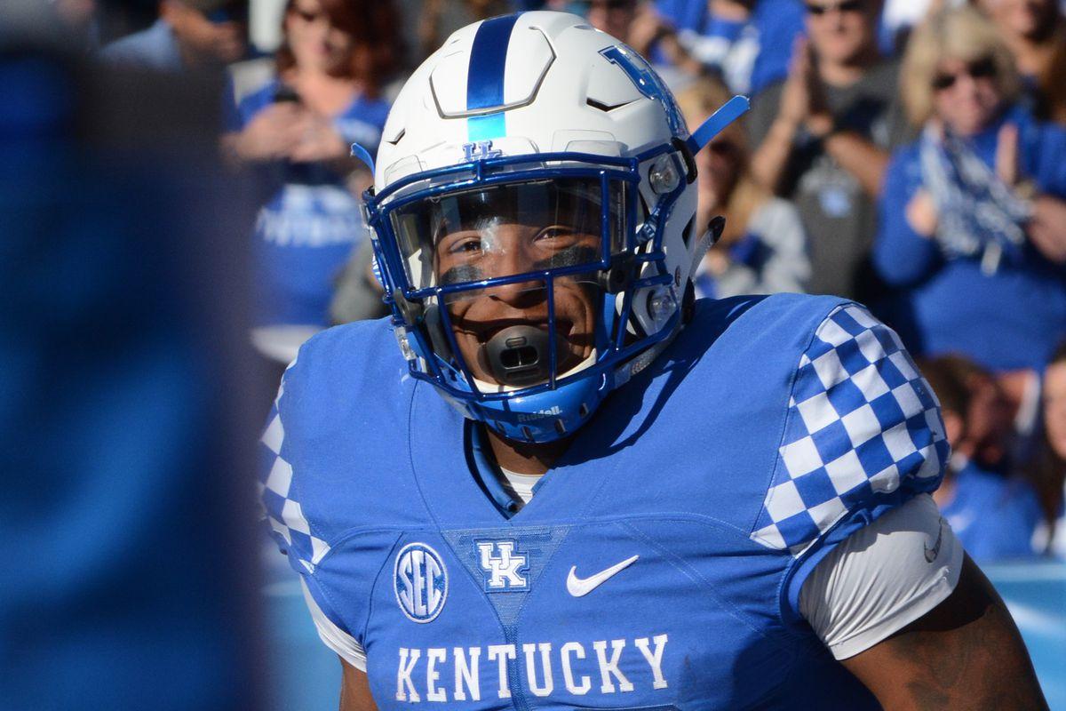 Kentucky Wildcats Football vs Vanderbilt Commodores Roundtable and ... f06ebd1d7