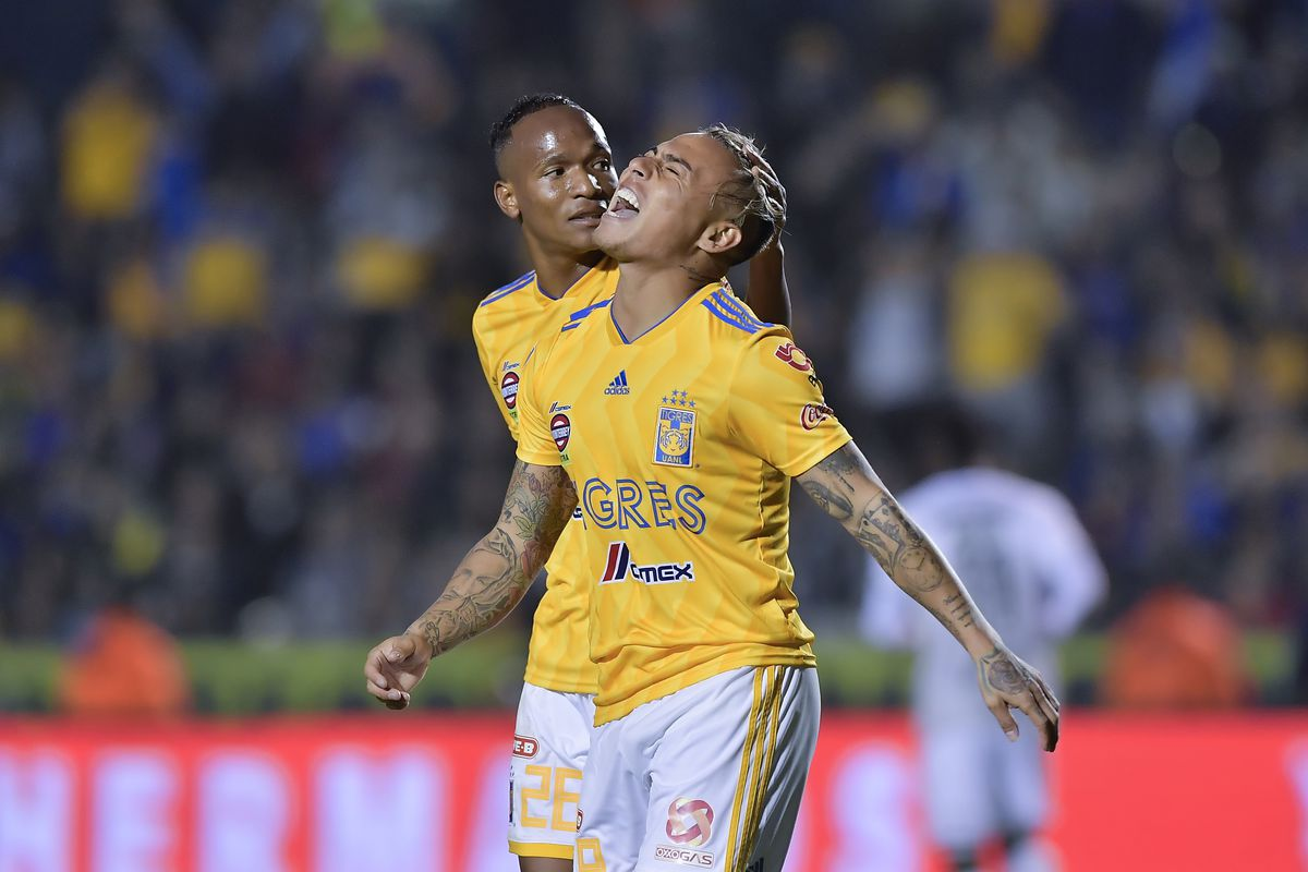 Tigres UANL v Santos Laguna - Torneo Clausura 2019 Liga MX