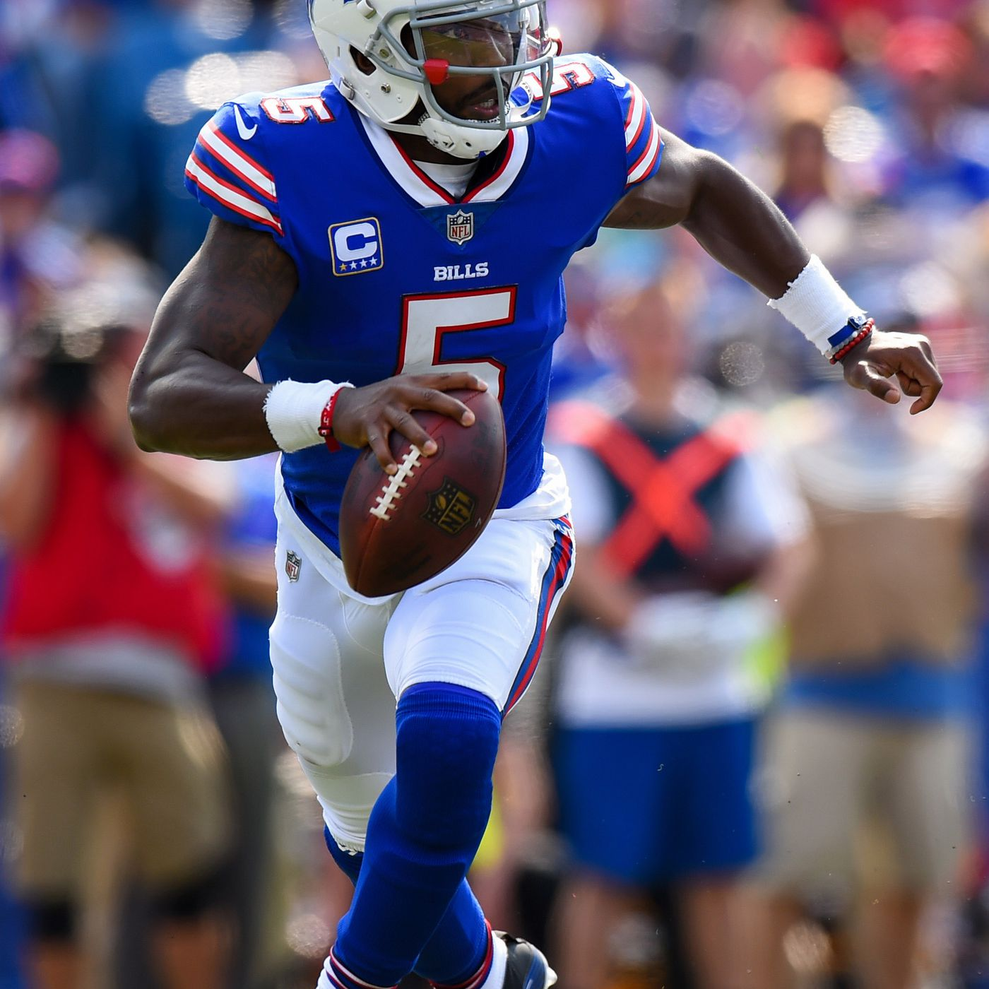 62b04c3148f Tyrod Taylor now has more rushing yards than any Buffalo Bills quarterback  - Buffalo Rumblings