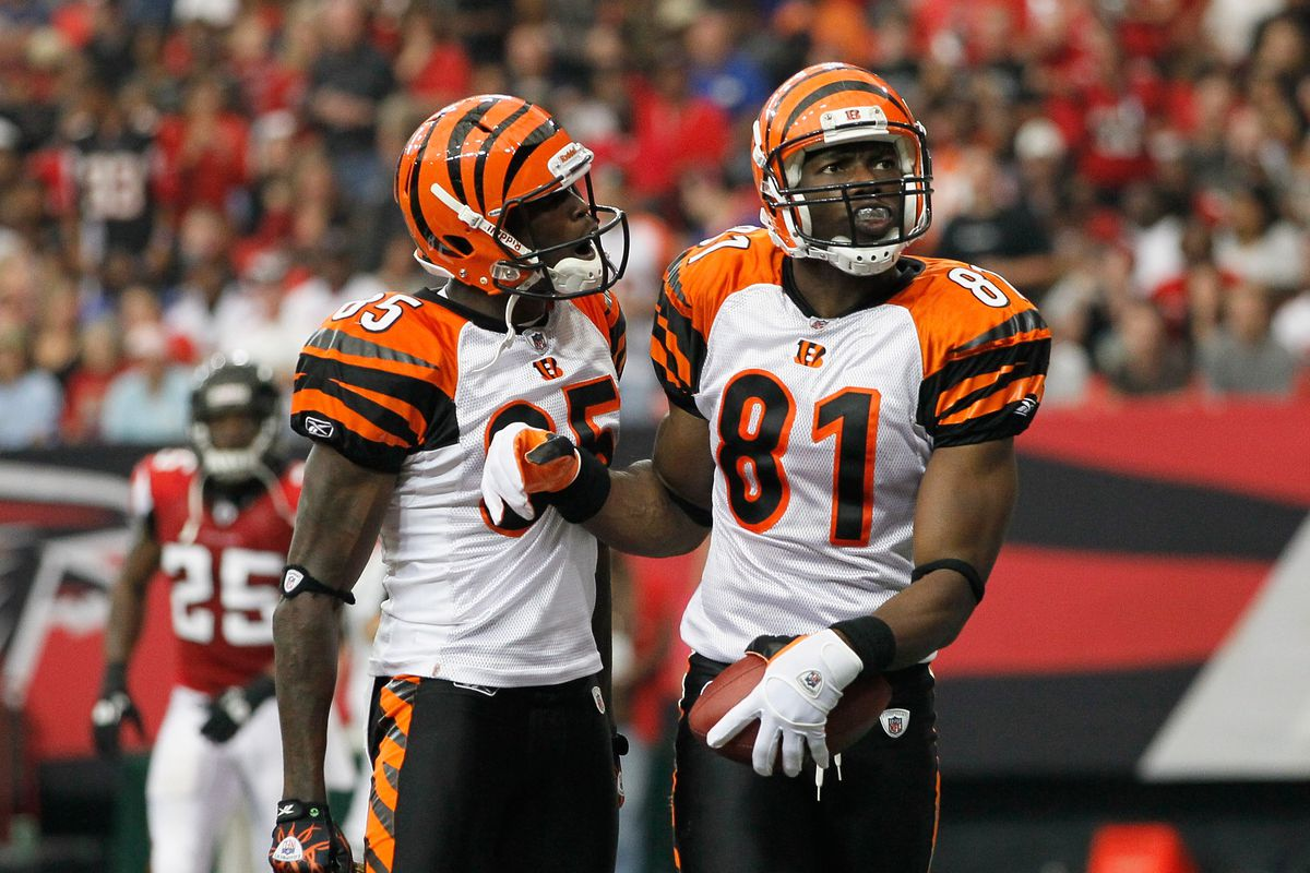 af8ebf2fb Chad Johnson and Terrell Owens debate who was better