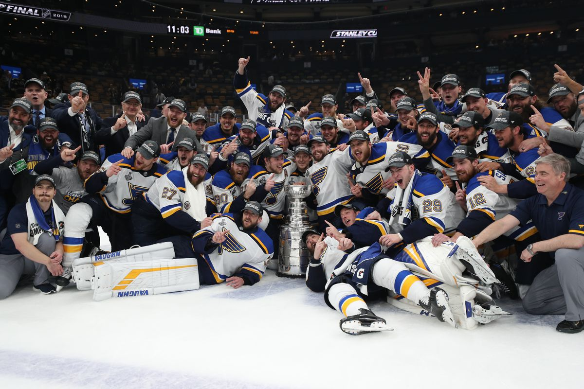 half off 2a2fe 9752d St. Louis Blues defeat Boston Bruins in Game 7 to win ...