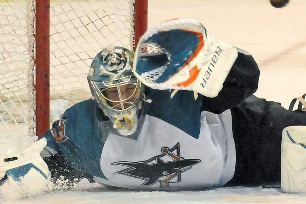 Worcester Sharks goalie Tyson Sexsmith suffered a broken finger on his catching hand in the pregame warmups of the Sound Tigers game on March 27 and is out indefinitely.  <strong>Photo courtesy of John Ferrarone of www.telegram.com</strong>