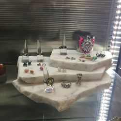More jewelry, 30% off