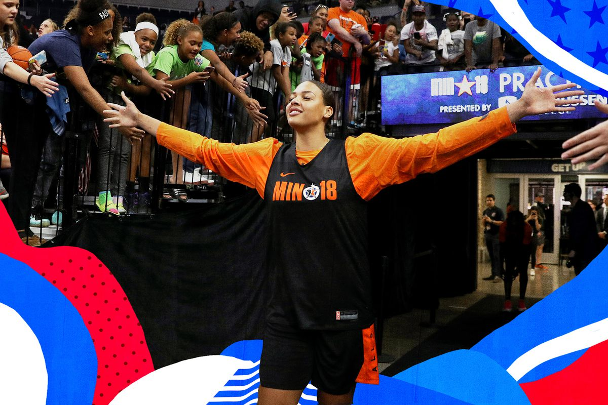 9662bcbc7e64 Liz Cambage s trade request is the free agency drama the WNBA needs