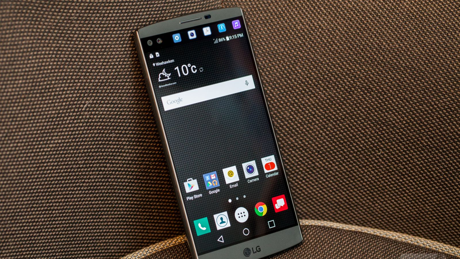 Up close with lgs dual screen dual selfie camera phone the verge buycottarizona