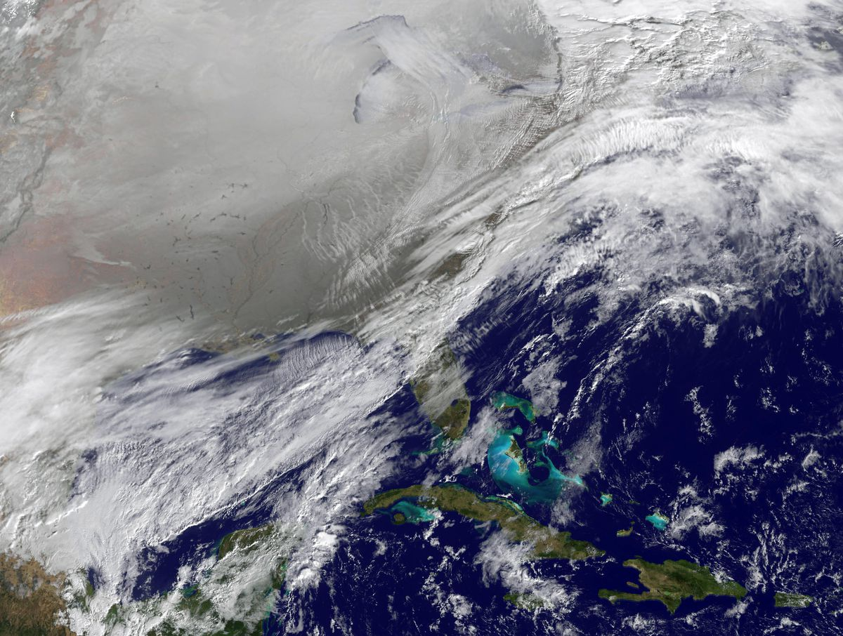 A satellite image of the polar vortex in 2014 that covered the entire northern US.