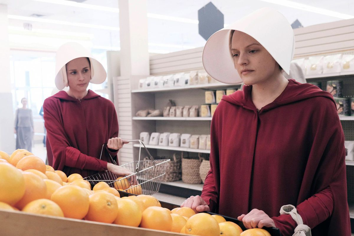 How The Handmaids Tale Inspired A Protest Movement The Verge