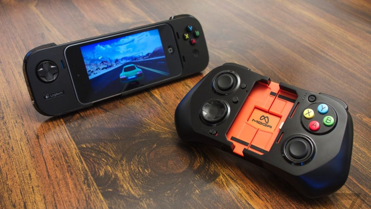 Gallery Photo: Logitech PowerShell and Moga Ace Power pictures