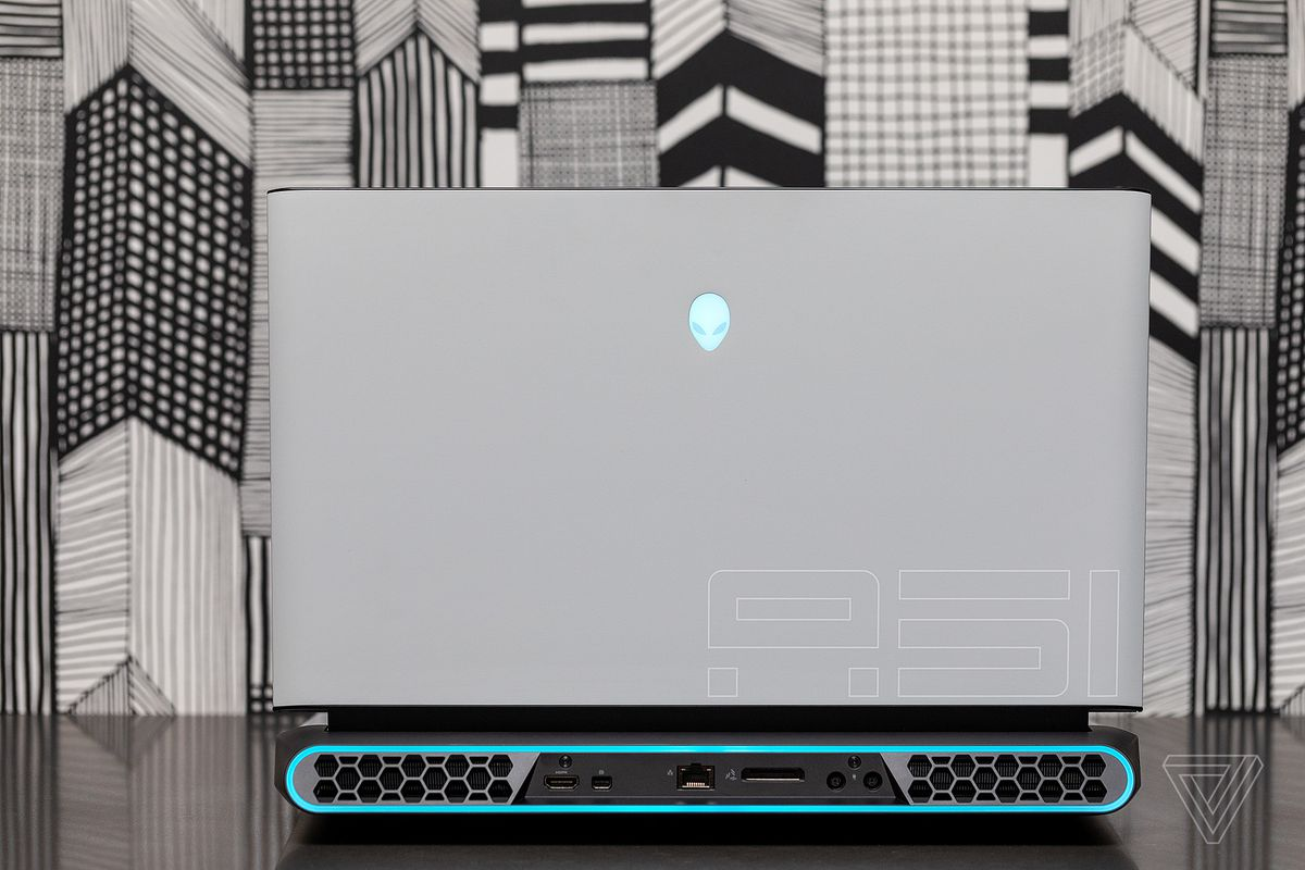 Alienware Area-51m review: portable desktop - The Verge