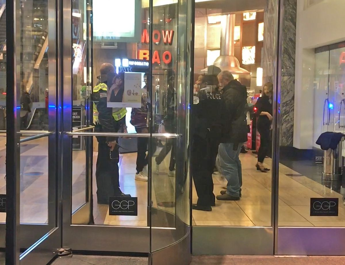 Chicago Police at Water Tower Place after shots were reported inside the Magnificent Mile shopping center.   Tyler Lariviere/Sun-Times