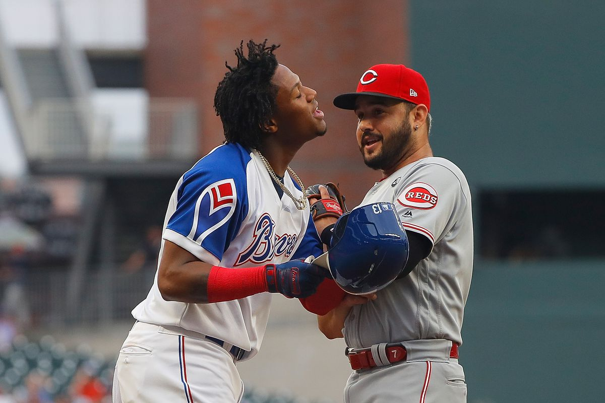 Reds fall to Braves 4-1 in rain-shortened affair