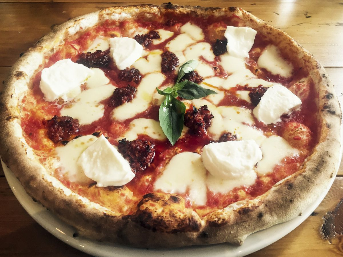 Pizza at Zia Lucia on Holloway Road, one of the best restaurants in Islington