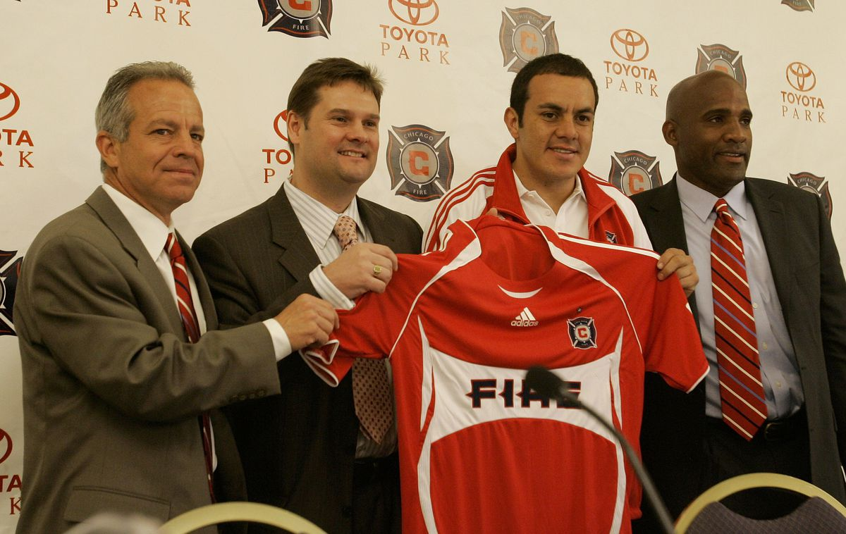 MLS - Chicago Fire Sign Cuauht?moc Blanco - Press Conference - April 2, 2007