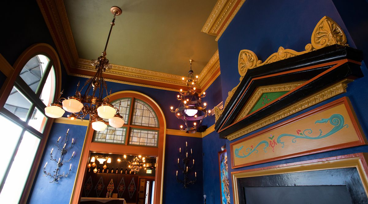 Mcmenamins Chain Unveils Its New Elks Temple Complex In