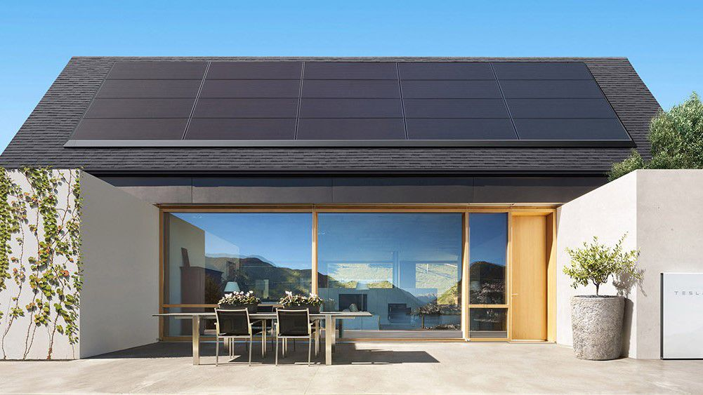 Solar Roof Cost >> Tesla Has Slashed The Price Of Its Solar Panels In An Attempt To