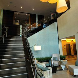 The entrance through the Hilton Garden Inn