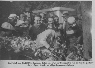 Josephine Baker and members of the 1937 Italian team