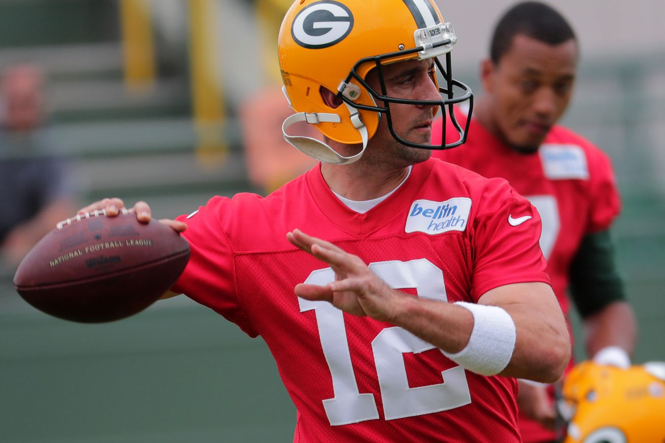 Friday Curds: What's the delay with Rodgers' new contract?