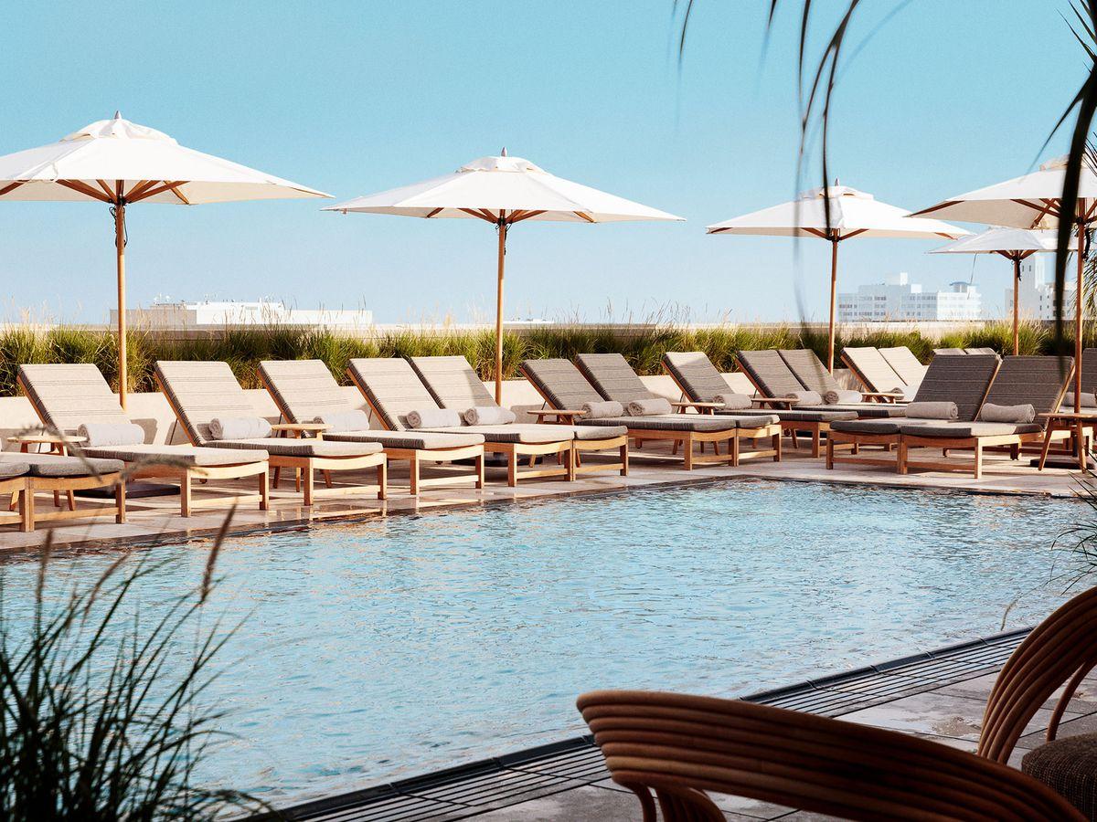 Pool hotel at Santa Monica Proper