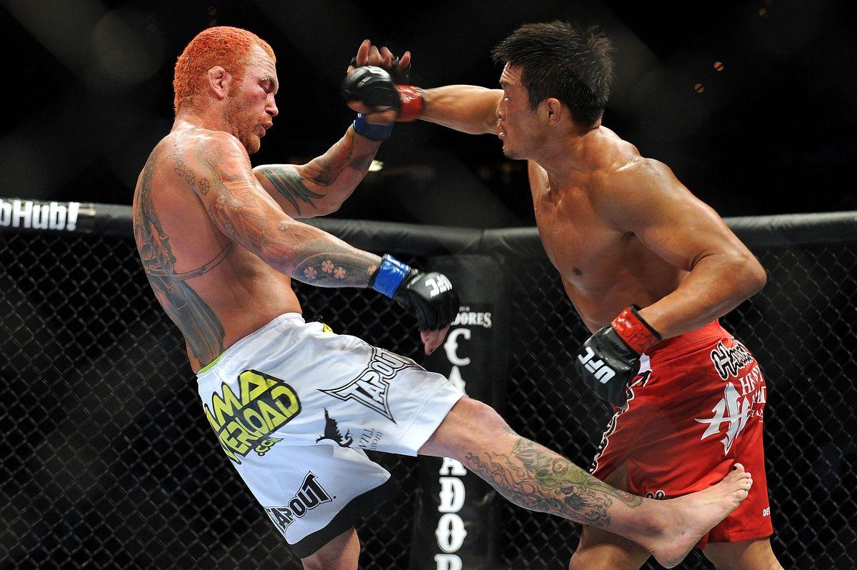 UFC 116: Akiyama v Leben