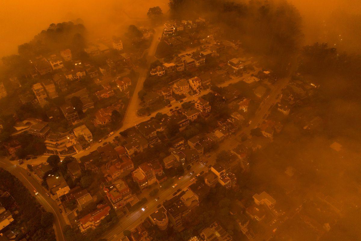Майже «Блейдраннер». Як виглядає Каліфорнія, осяяна пожежами