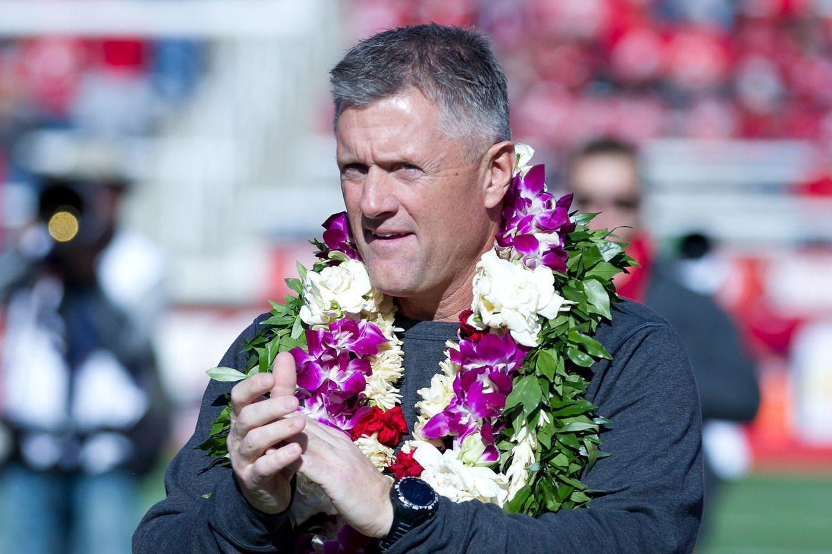 Utah coach Kyle Whittingham signs contract extension through 2021