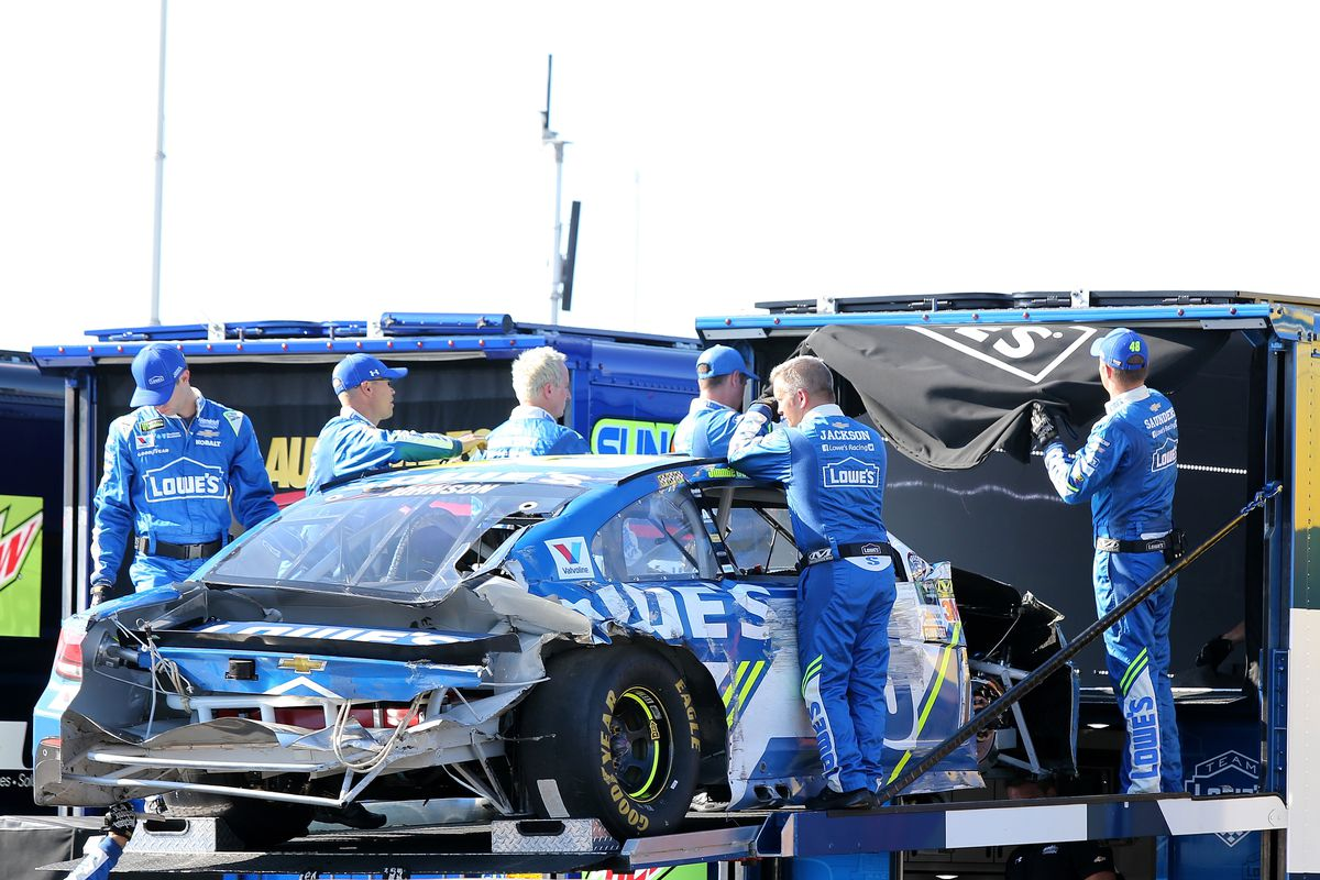 Brake failures lead to Johnson, McMurray wrecks