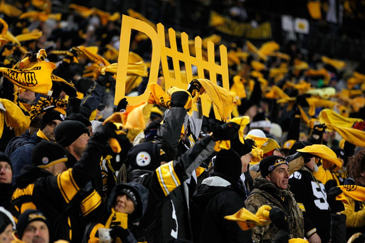PITTSBURGH PA - JANUARY 23:  Pittsburgh Steelers fans cheer during their 2011 AFC Championship game against the New York Jets at Heinz Field on January 23 2011 in Pittsburgh Pennsylvania.  (Photo by Gregory Shamus/Getty Images)