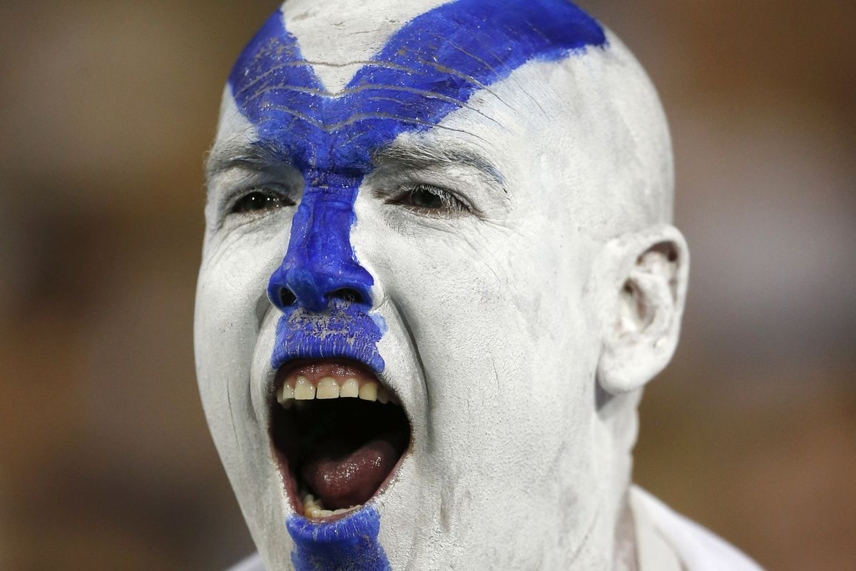 BYU fans propel volleyball team to victroy