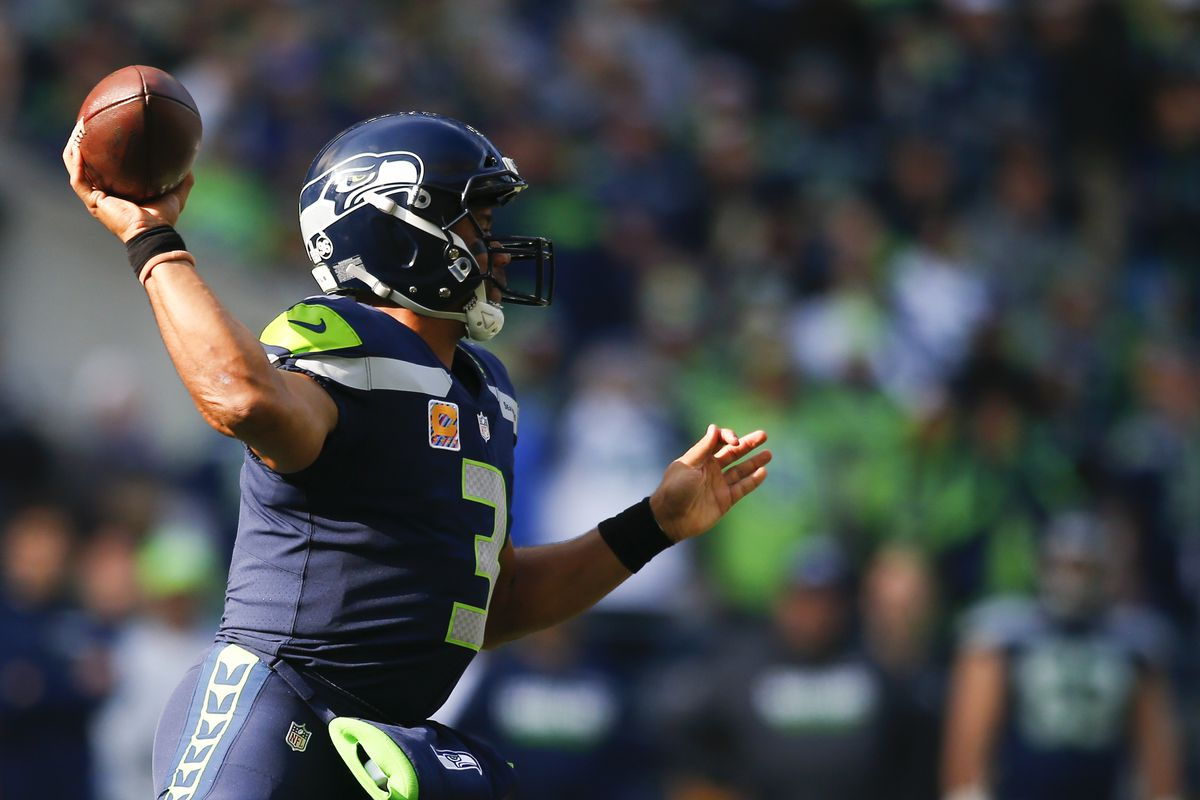 29e7fbd82 Russell Wilson sets new single-game franchise record for passing yards