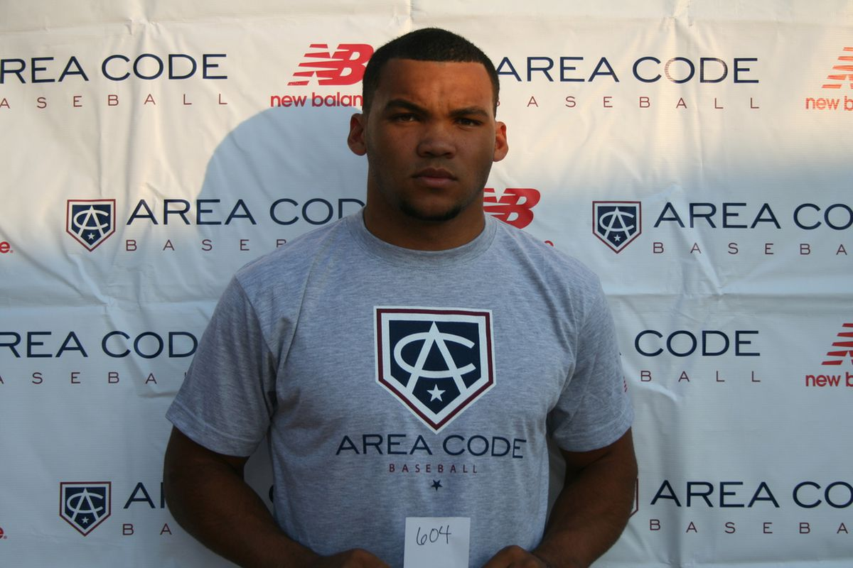 Justin Twine is considered a top 25 MLB draft prospect for 2014, while also being considered a top football recruit as an athlete.