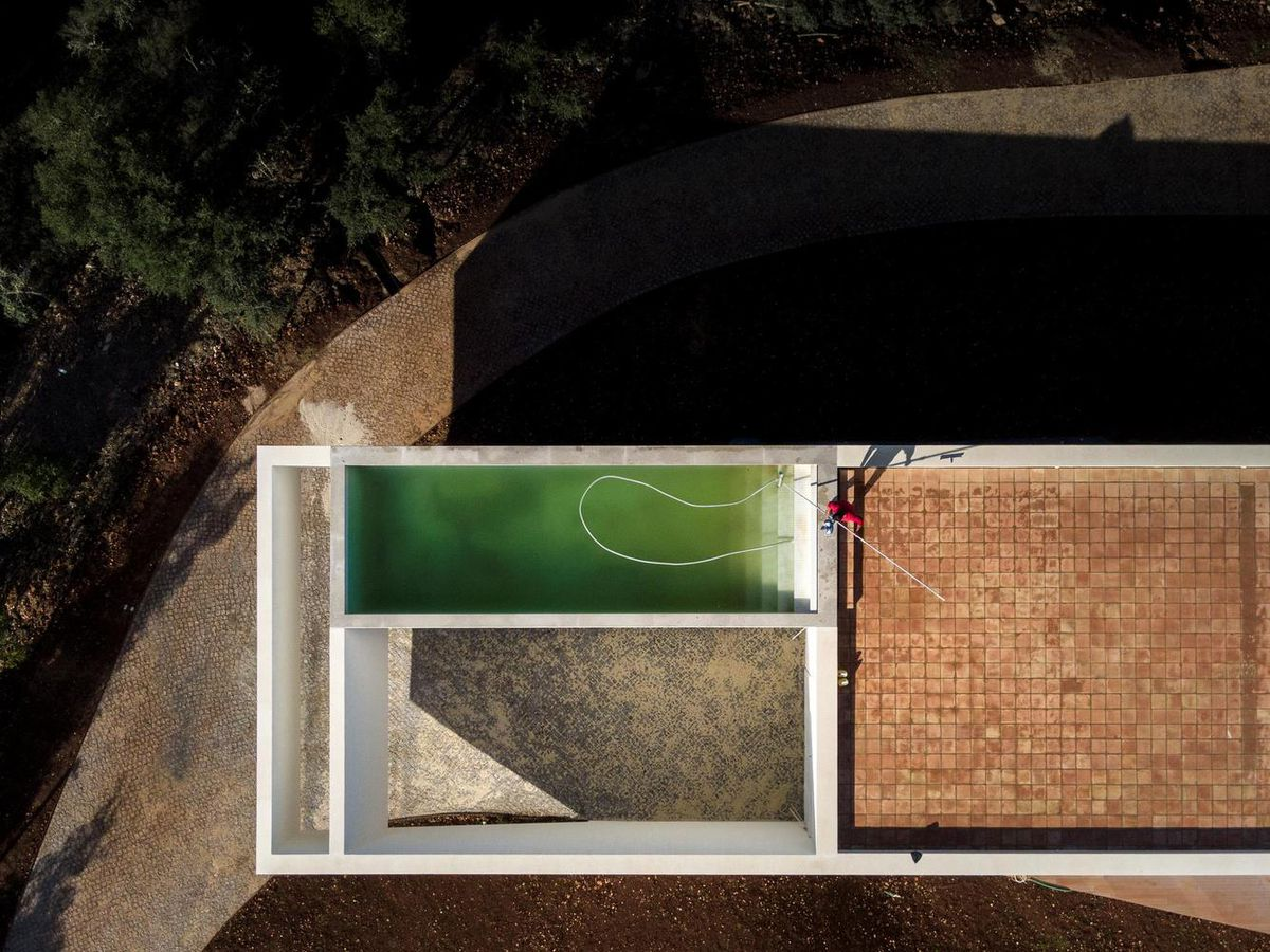 Aerial shot of roof terrace with pool