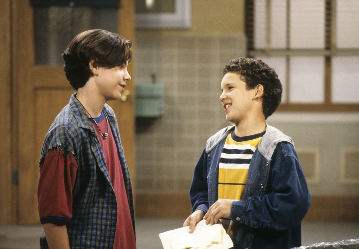 Rider Strong and Ben Savage in Boy Meets World.