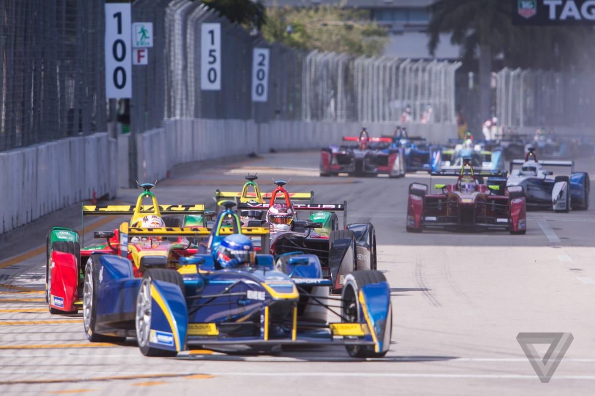 Formula E will race in Brooklyn in 2017  The Verge