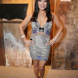 Dancing With the Stars' Cheryl Burke forgot that the dress code called for jeans.