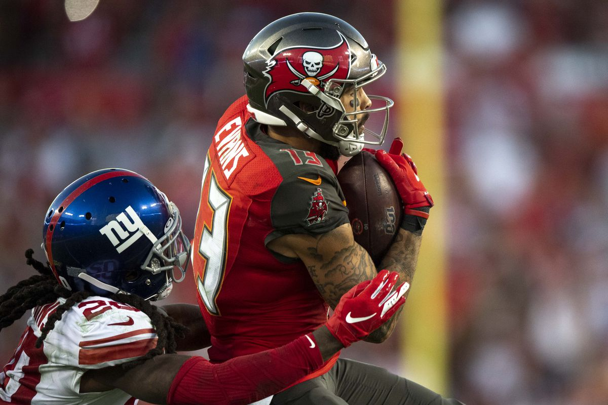 Tampa Bay Buccaneers wide receiver Mike Evans makes a reception against New York Giants cornerback Janoris Jenkins during the fourth quarter at Raymond James Stadium.