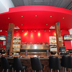 Lucky Pie Pizza & Tap House features 27 draft beers.