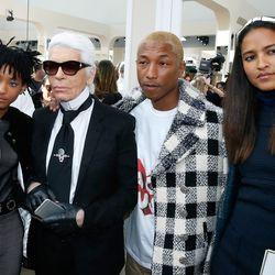 (From left) Willow Smith, Karl Lagerfeld, Pharrell, and Helen Lasichanh.