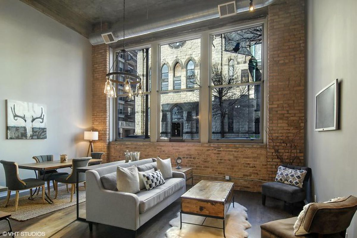 Two Bedroom South Loop Loft Lists For 340k Curbed Chicago
