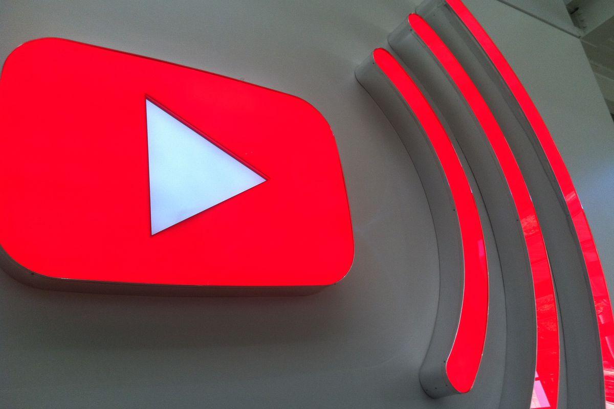 YouTube Dominates Mobile Entertainment Apps