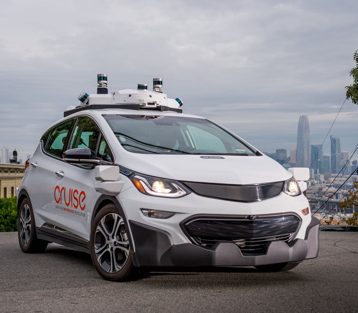 Cruise self-driving test vehicle navigates the urban streets of San Francisco, California. (Photo by Karl Nielsen)