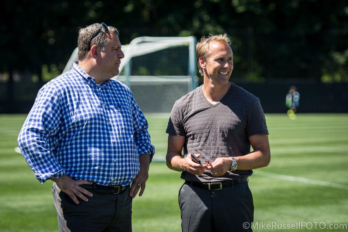 Lodeiro and Fernandez' first training: Photos