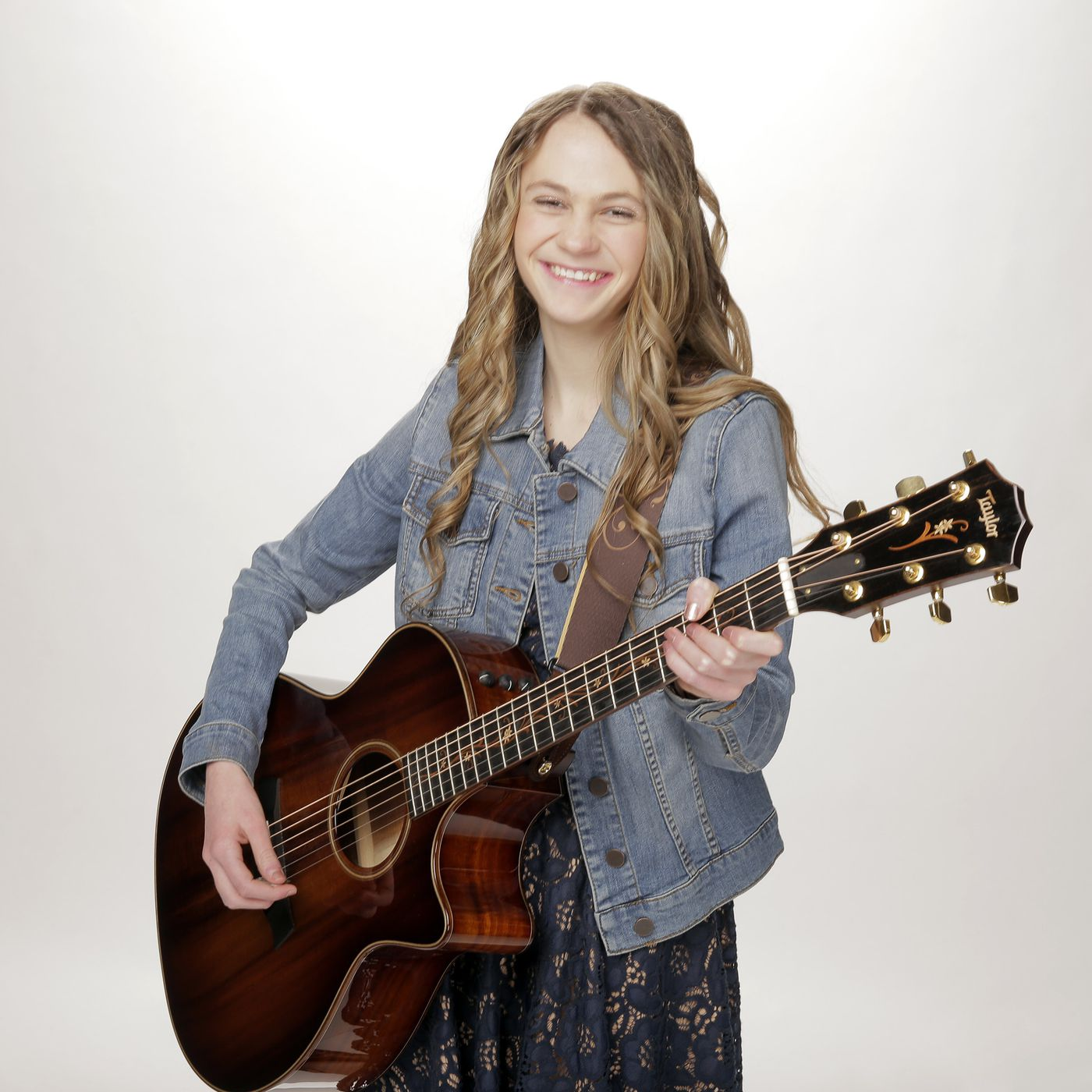 Agt 2020 Kenadi Dodds A 15 Year Old Country Singer From Utah Wows Judges Deseret News