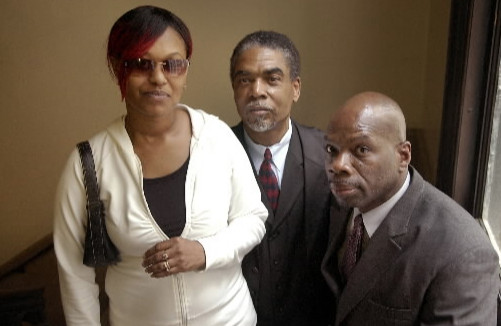 From left, Annette Freeman, mother of murder victim Dantrell Davis, with Maurice Perkins of Inner City Youth Foundation and Bradley of United in Peace, 2008. | Sun-Times