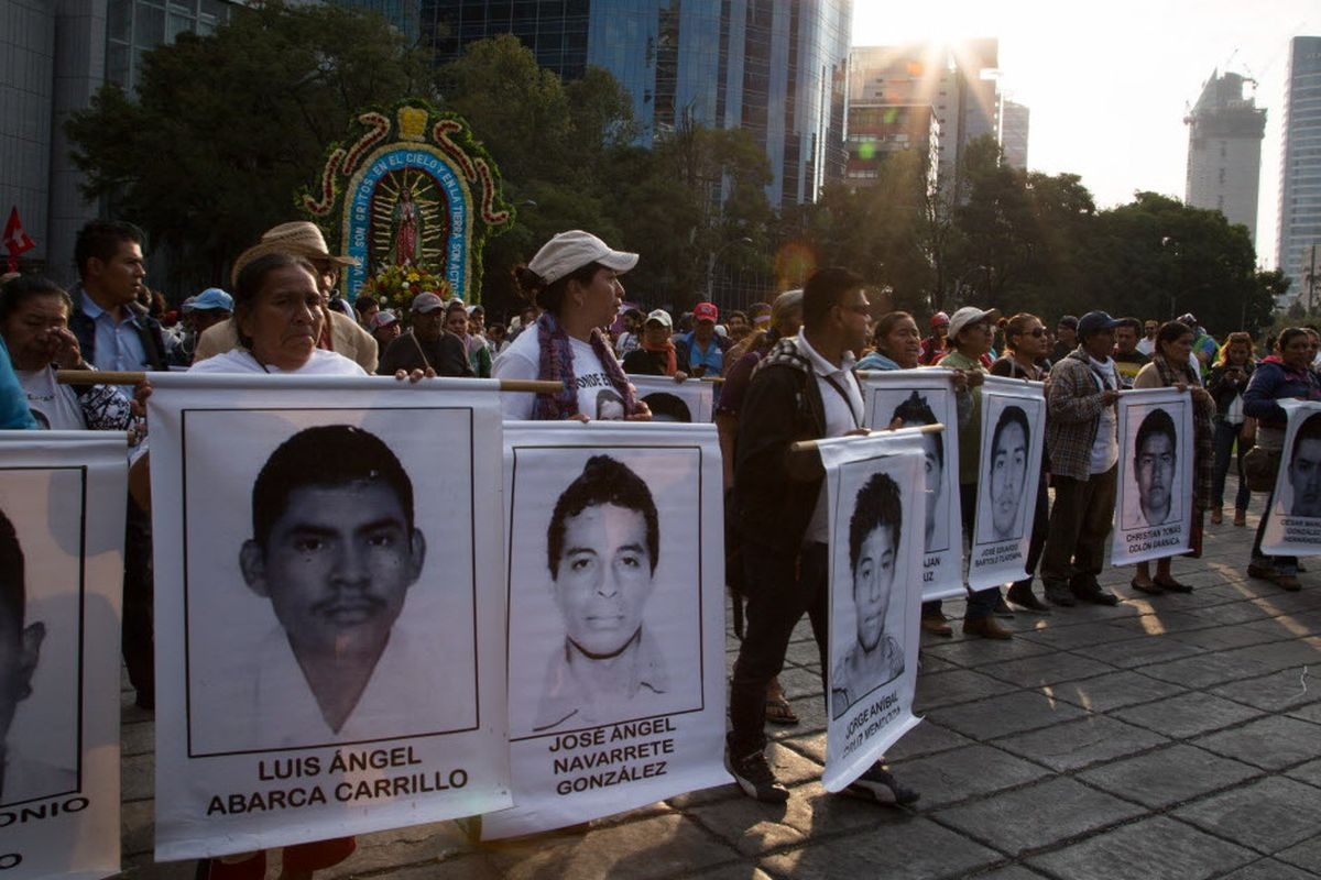 Killings of 43 Mexican students bad for business, Chicago cartel