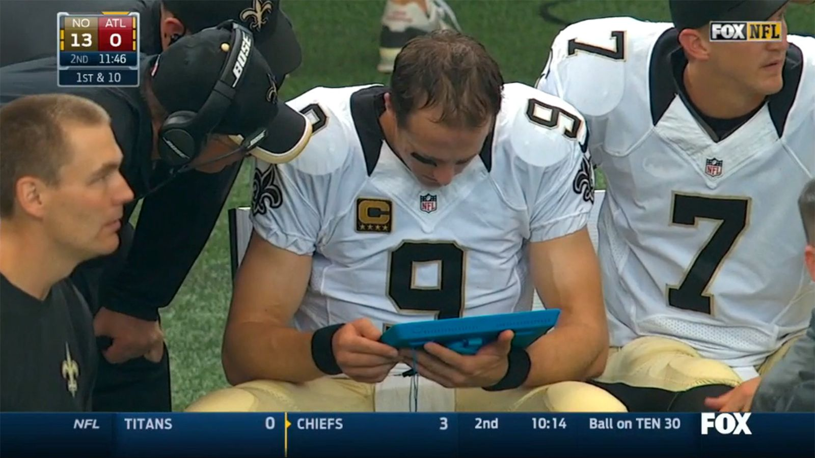 Microsoft is 'coaching' NFL announcers not to call the Surface an iPad